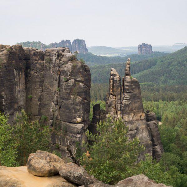 Plateau an der Häntzschelstiege, Blick in Richtung Brosinnadel und Falkenstein