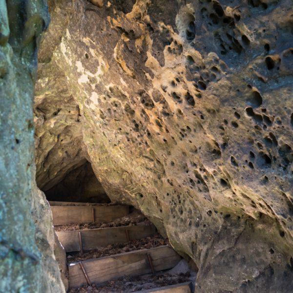 Stufen hinauf zur Kleinsteinaussicht