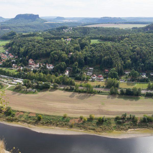 Aussicht von der Bastei auf den Lilienstein und die Festung Königstein