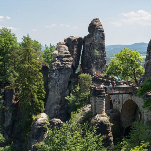 Neurathener Felsentor und Basteibrücke, auf der Bastei