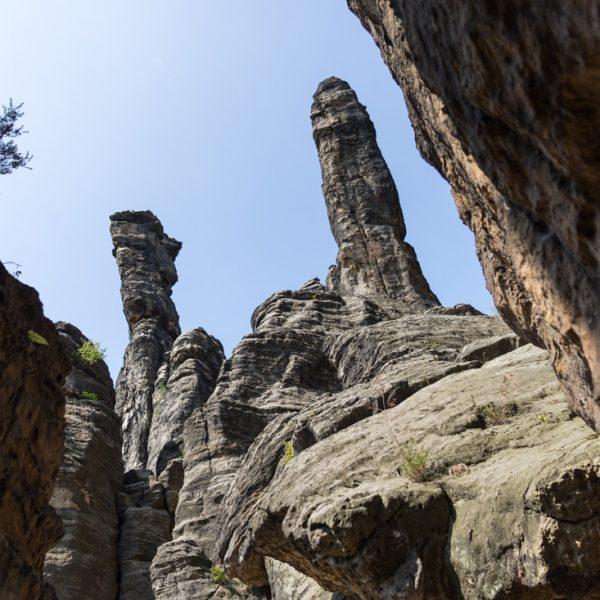 Herkulessäulen, Kletterfelsen im Bielatal