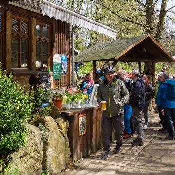 Heidemühle Biergarten im Frühling