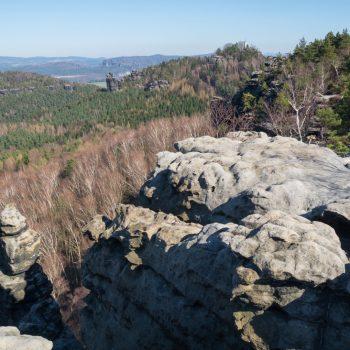 Aussicht vom Gohrisch mit Blick auf den Papststein und die Schrammsteine