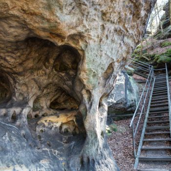 Abstieg vom Papststein, Strukturen des Sandsteins