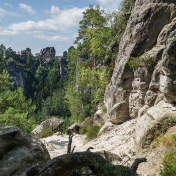 Aufstieg an der Kleinen Gans, Blick auf die Bastei