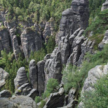 Ausblick von der Großen Gans auf die Kletterfelsen