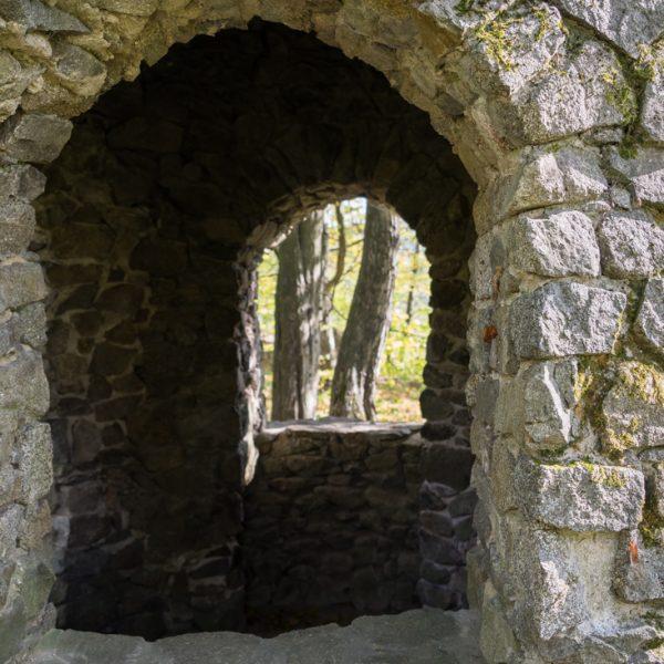 Detail der künstlichen Ruine, Goßdorfer Raubschloss