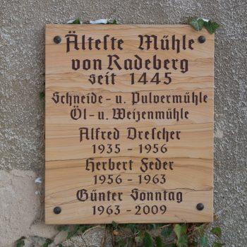 Schautafel an der Schlossmühle im Hüttertal