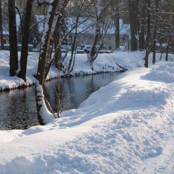 Blick auf die Hüttermühle, Hüttertal im Winter