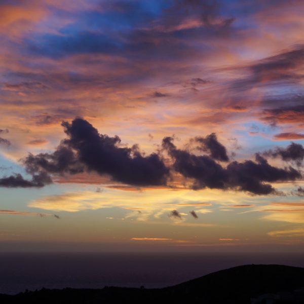 Farbiger Himmel am Morgen