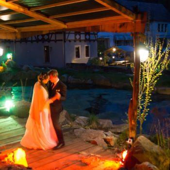 romantischer Hochzeitstanz im Herzen der Dresdner Heide