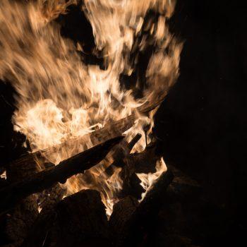 Lagerfeuer zum Jahreswechsel