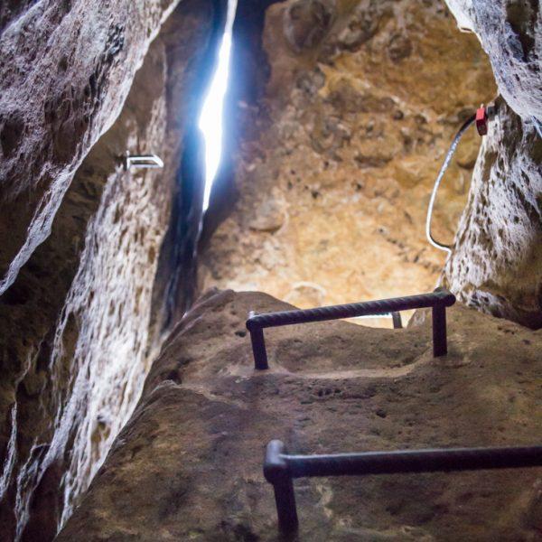 Miniatur-Stiege im Schneiderloch, Wanderung Kuhstall