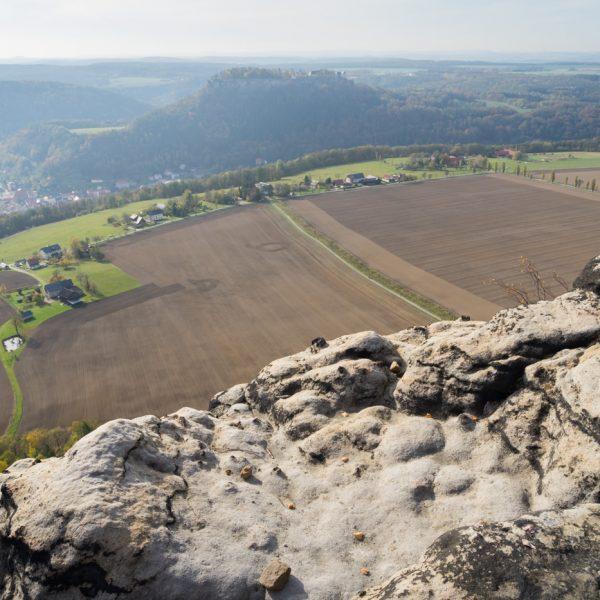 Ausblick vom Lilienstein auf die Festung Königstein