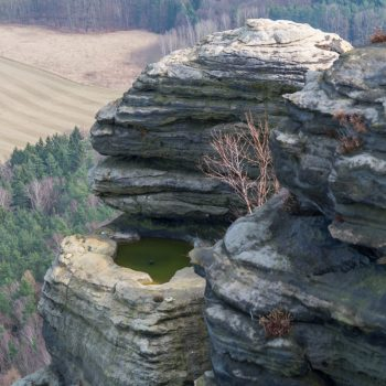 Sandstein und Spuren der Erosion