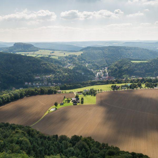 Ausblick vom Lilienstein zum Pfaffenstein