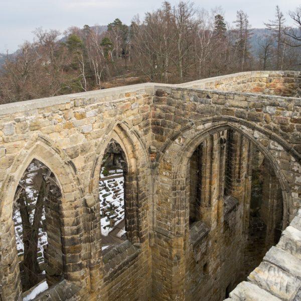 Mauern der Klosterkirche Oybin