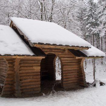 Schutzhütte am Prießnitz-Wasserfall