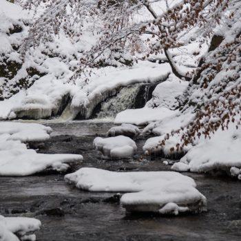 Der Prießnitzwasserfall im Winter