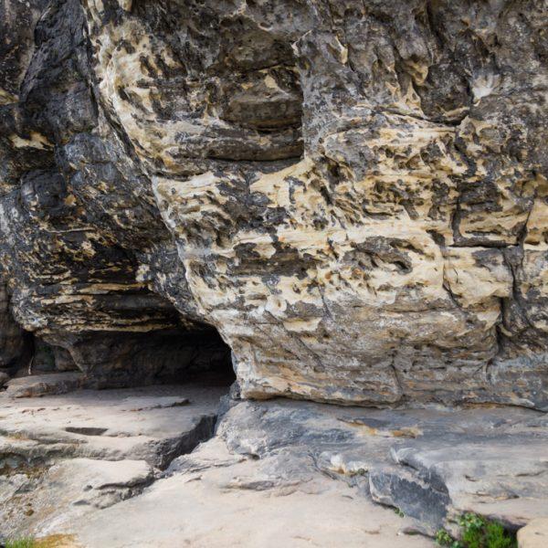 Friensteinhöhle oder Idagrotte, große Kluft- und Schichtfugenhöhle in der Sächsischen Schweiz