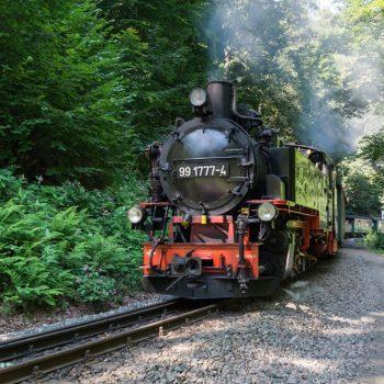 Weißeritztalbahn, nostalgische Schmalspurbahn im Rabenauer Grund