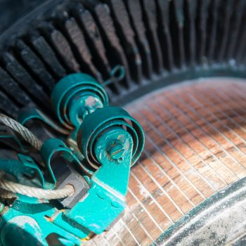 Detail eines Generators, Energie-Erlebnispfad im Rabenauer Grund