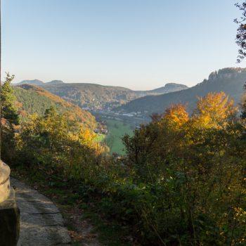 Am Biedermann-Mausoleum, Aussicht auf Königstein