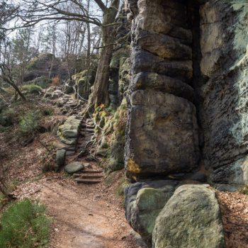 Zurückesteig, Wanderweg auf dem Gipfelplateau der Schrammsteine