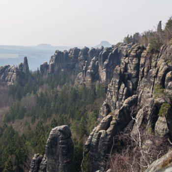 Ausblick auf das Felsmassiv, Schrammsteine