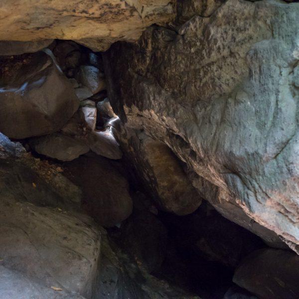 Felsen im oberen Bereich der Heringshöhle, Teufelsgrund