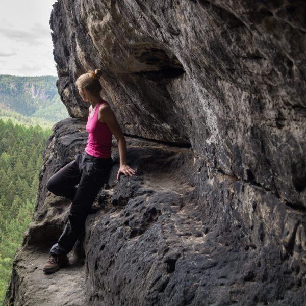 Ausblick aus der Klufthöhle, Aufstieg am Winterstein